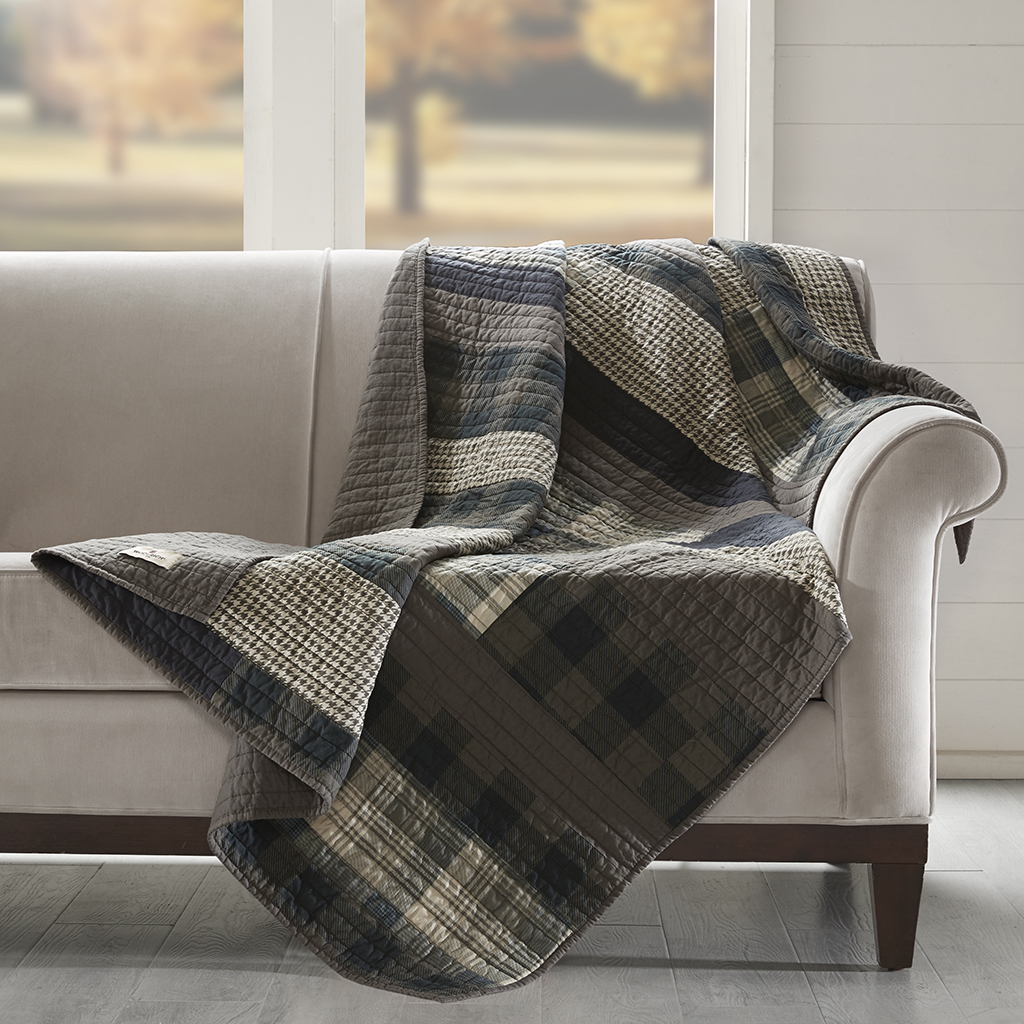 Good Winter Plains Quilted Throw